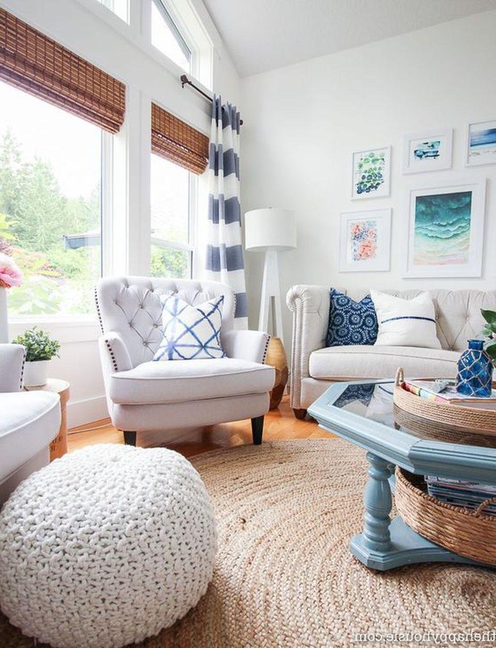 24 Stunning Coastal Living Room Decorating Ideas On A ...