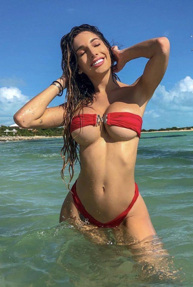 Lyna Perez bikini babe 😍 visit us for more #bikinibabes ...