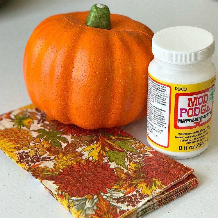 Fall Napkin Dollar Store Pumpkin Makeover #dollartreecrafts