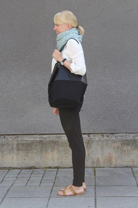 White blouse and scarf / Kotisaari