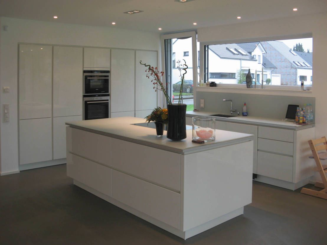 Kleines Haus Mit Ganz Viel Platz Moderne Kuche Neubau Und
