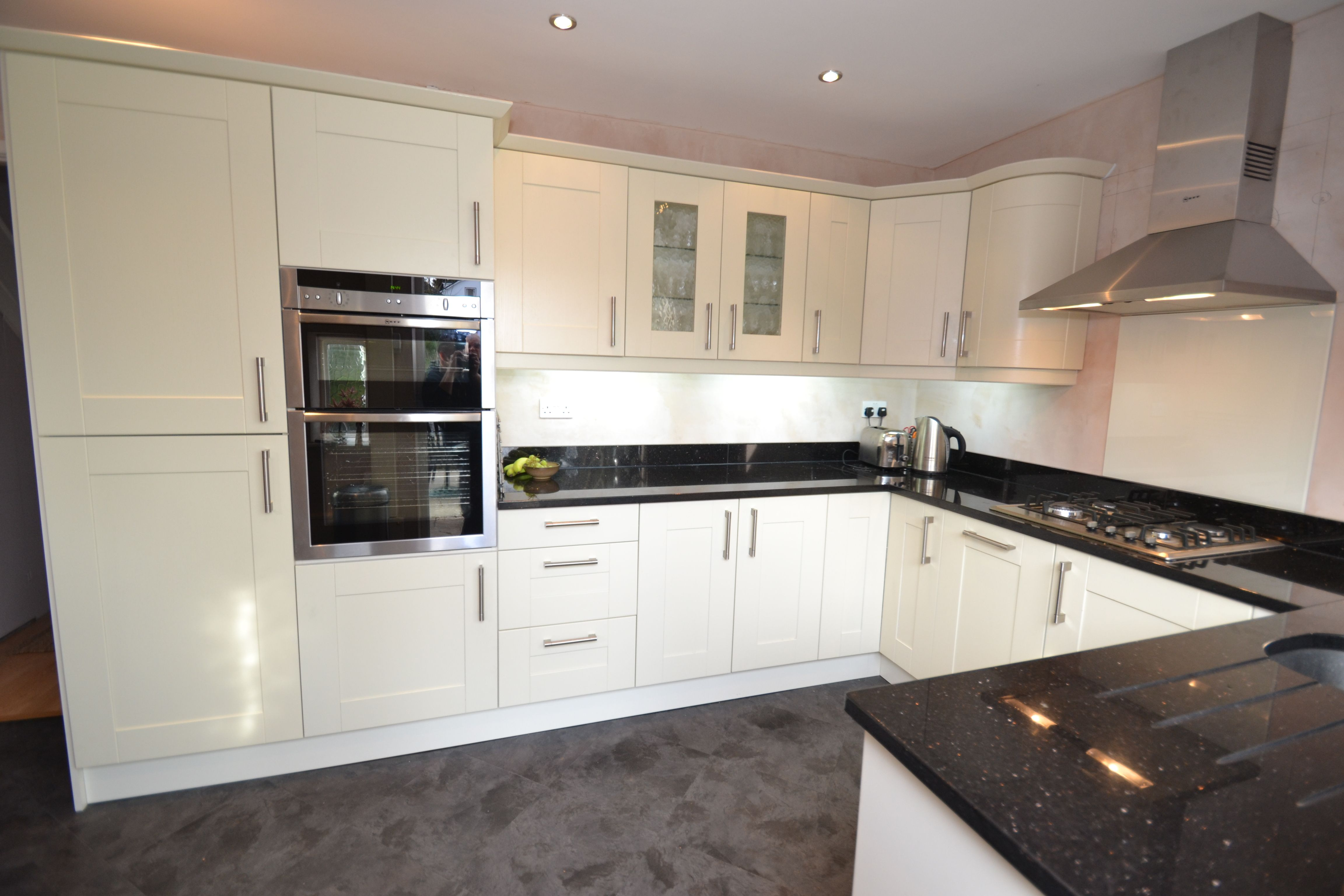 Kitchen Tiles Black Worktop what granite goes with white cabinets | fascinating black galaxy