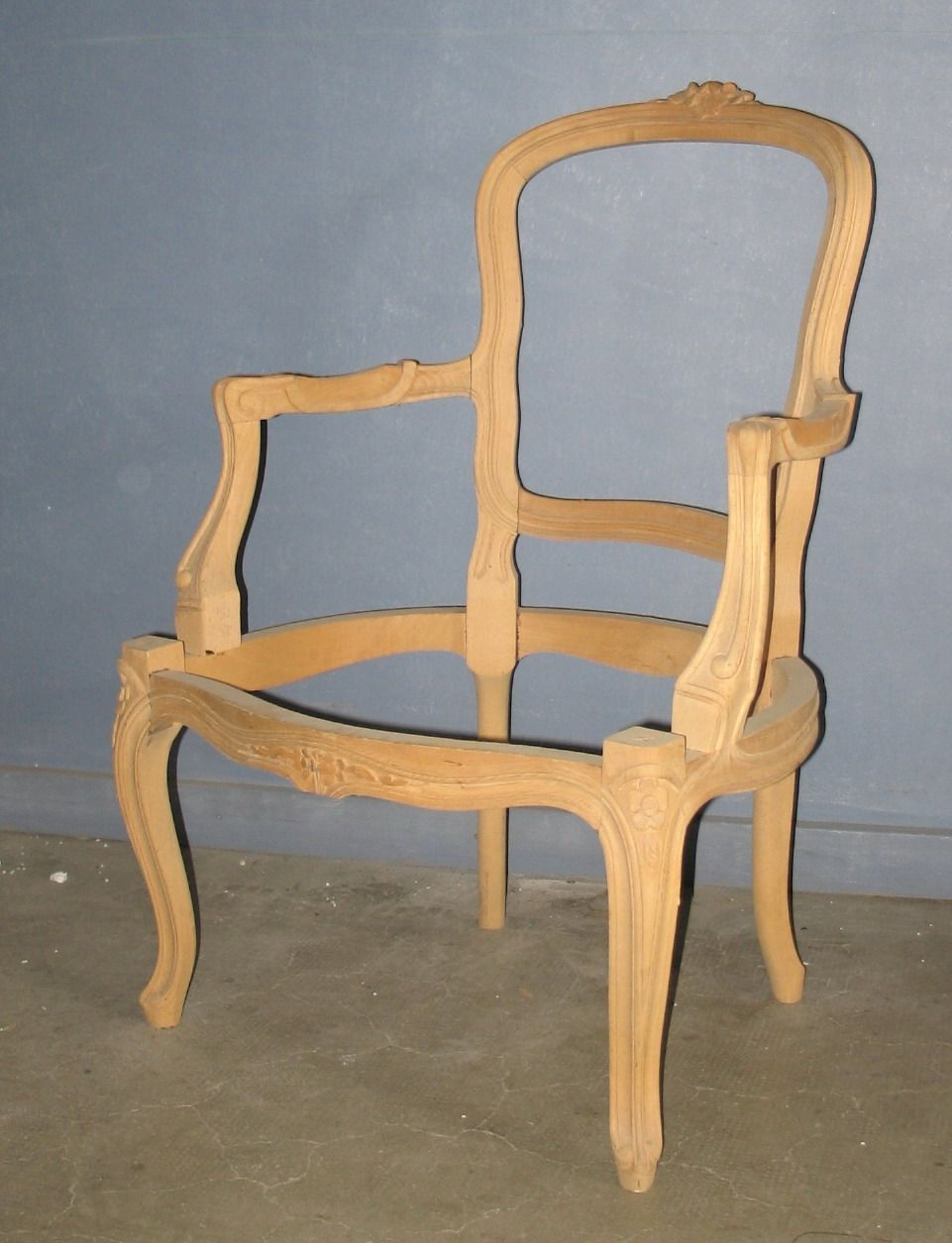 Louis xv frame louis xv chair pinterest for Chair in italian
