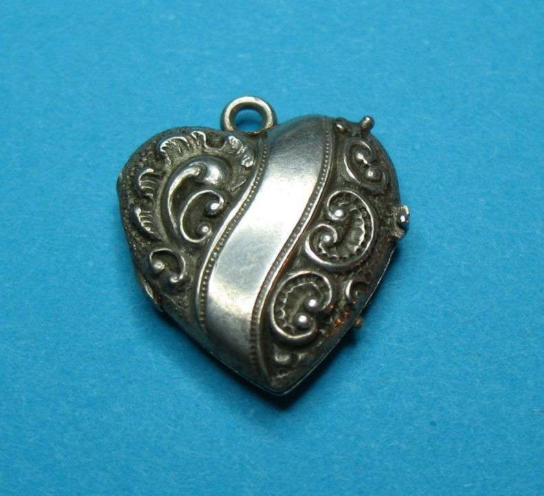 Vintage Antique Victorian Sterling Repousse Puffy Heart Charm Locket