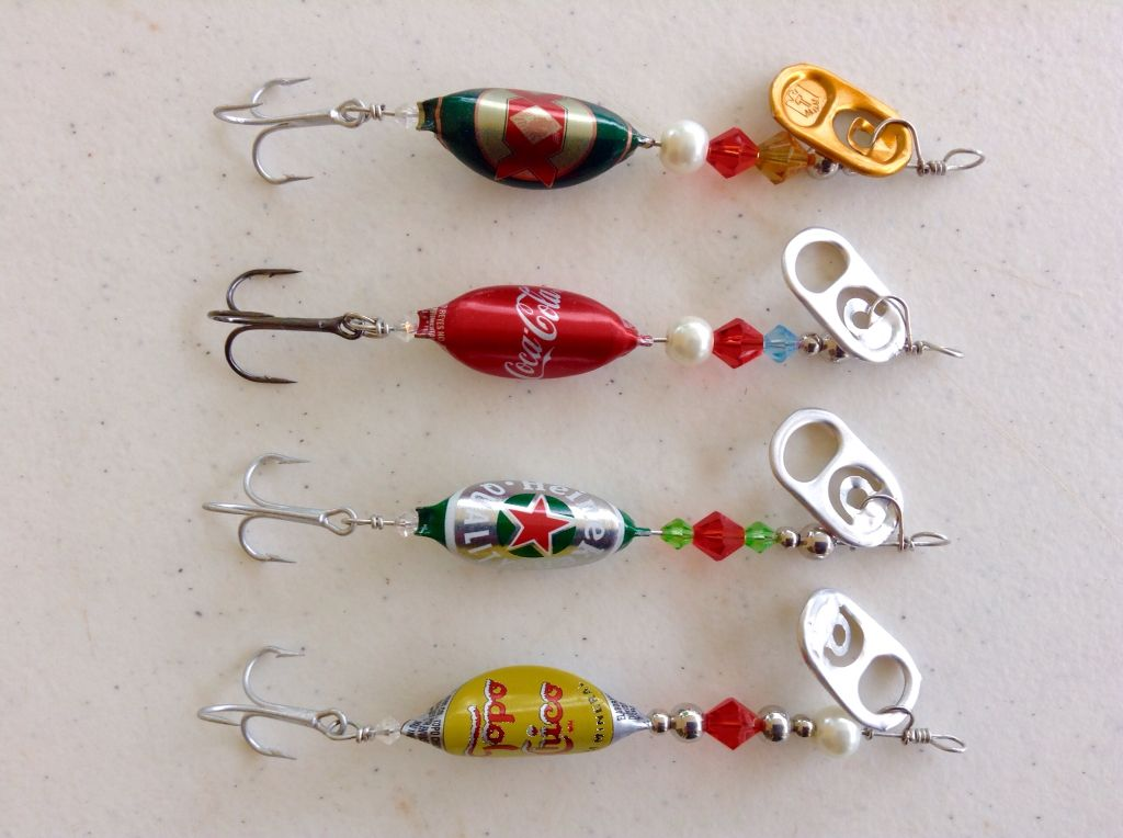 Fishing lures spinner bottle beer cap fishing se uelo for Spinner fishing lures