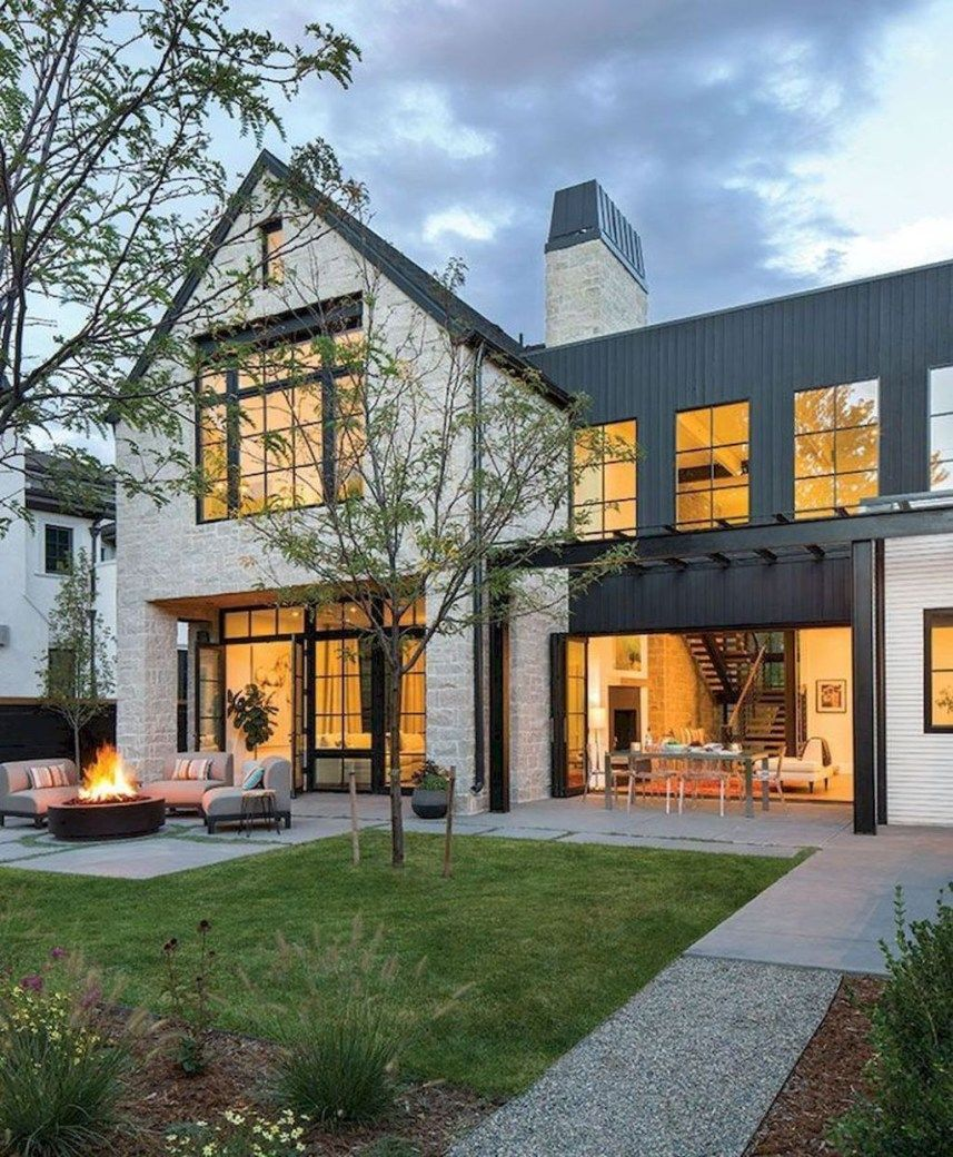 Cozy modern farmhouse architecture ideas 15