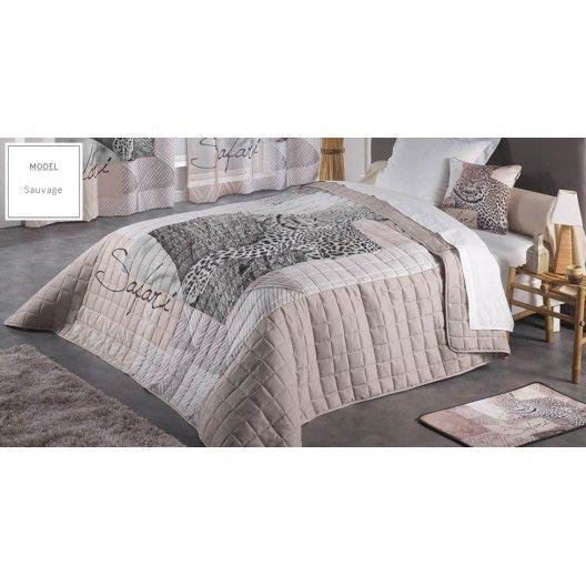 187282c078dc Prikrývka na manželskú posteľ krémovej farby s motívom Safari v roku ...