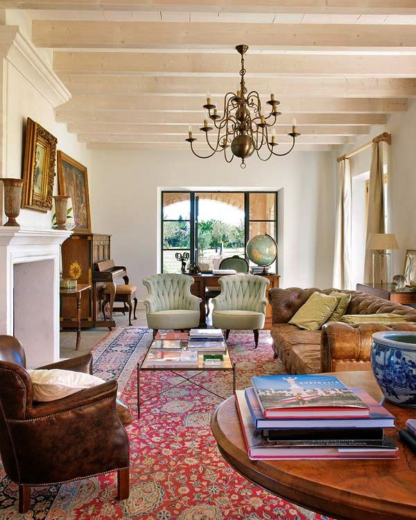 10+ Stunning Traditional Living Room Rugs