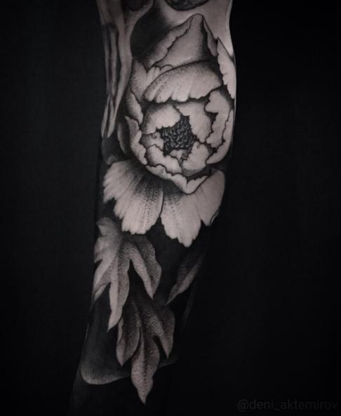 Deni Akemirov @deni_aktemirov BLACKOUT tattoo