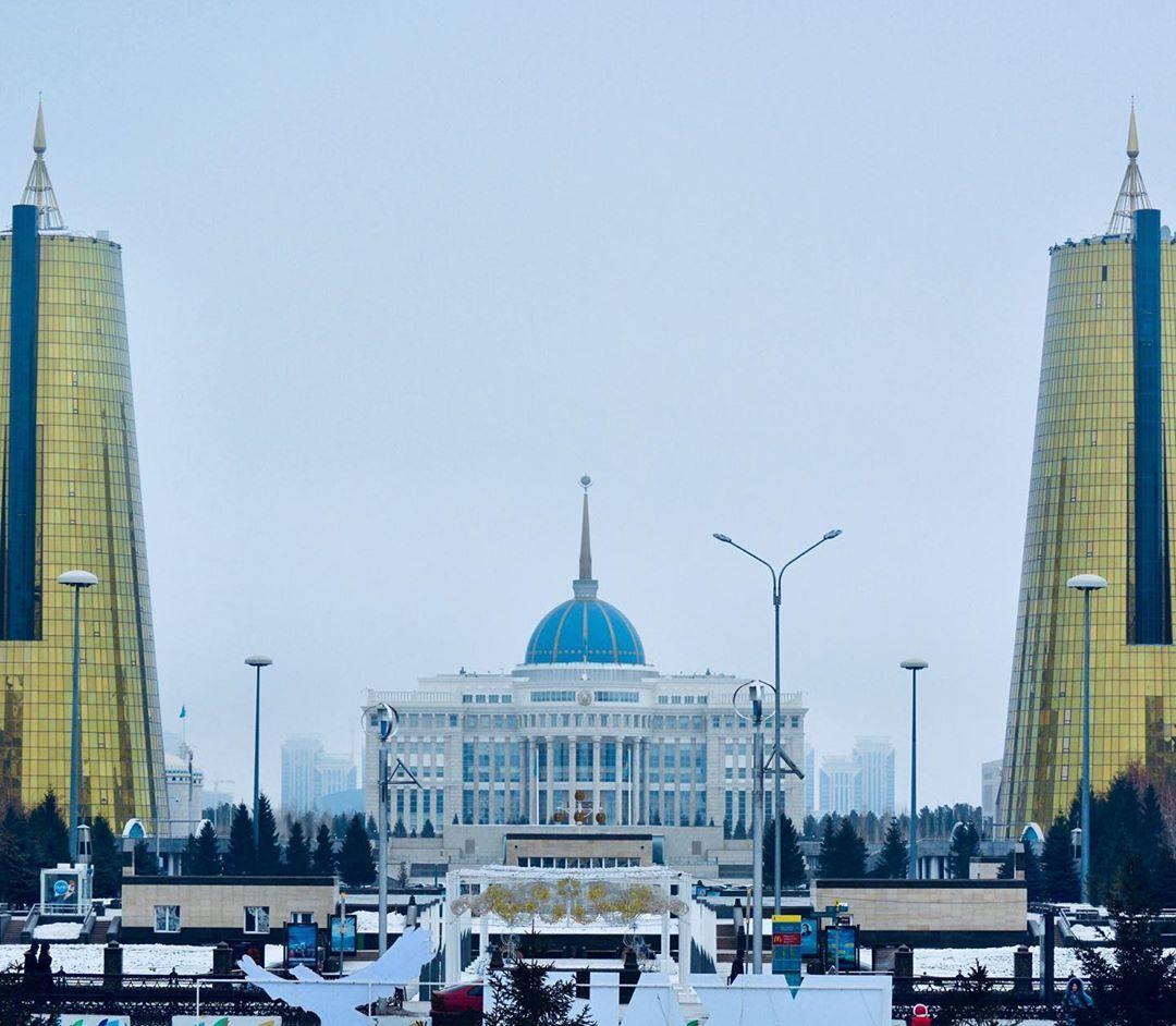 104 Me Gusta 0 Comentarios Endless Full Of Wonders Roundandblue En Instagram A Very Cold Winter In Nursultan The Capital Of Kazakhstan En 2020 Comentarios