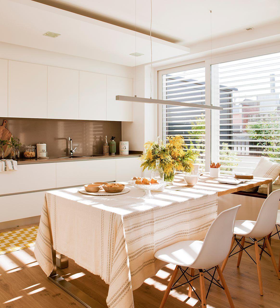 Un piso urbano de solo 65 metros | ideas casa | Pinterest | Cocinas ...