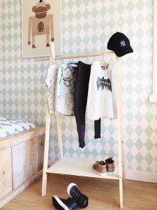mini, garderobe, hout, kledingrek, maken, kind, zelf, diy, peuter, Deco ideeën