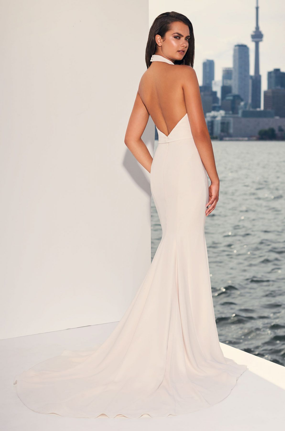 Halter Top Crepe Open Back Fit And Flare Wedding Dress Kleinfeld Bridal Halter Top Wedding Dress Fit And Flare Wedding Dress Fitted Wedding Dress [ 1800 x 1193 Pixel ]
