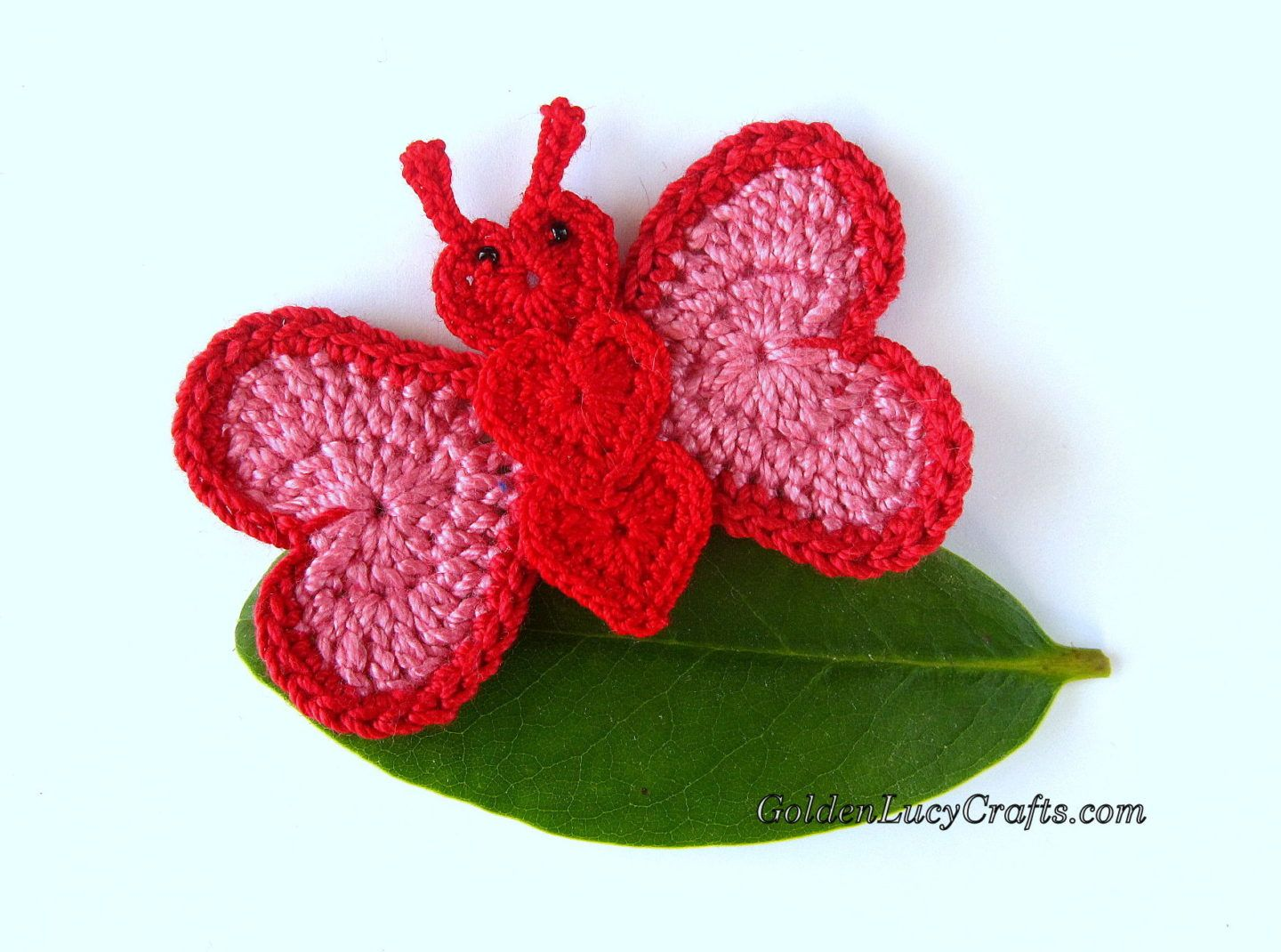 Crochet Butterfly Applique, heart shaped, Valentine\'s Day, free ...