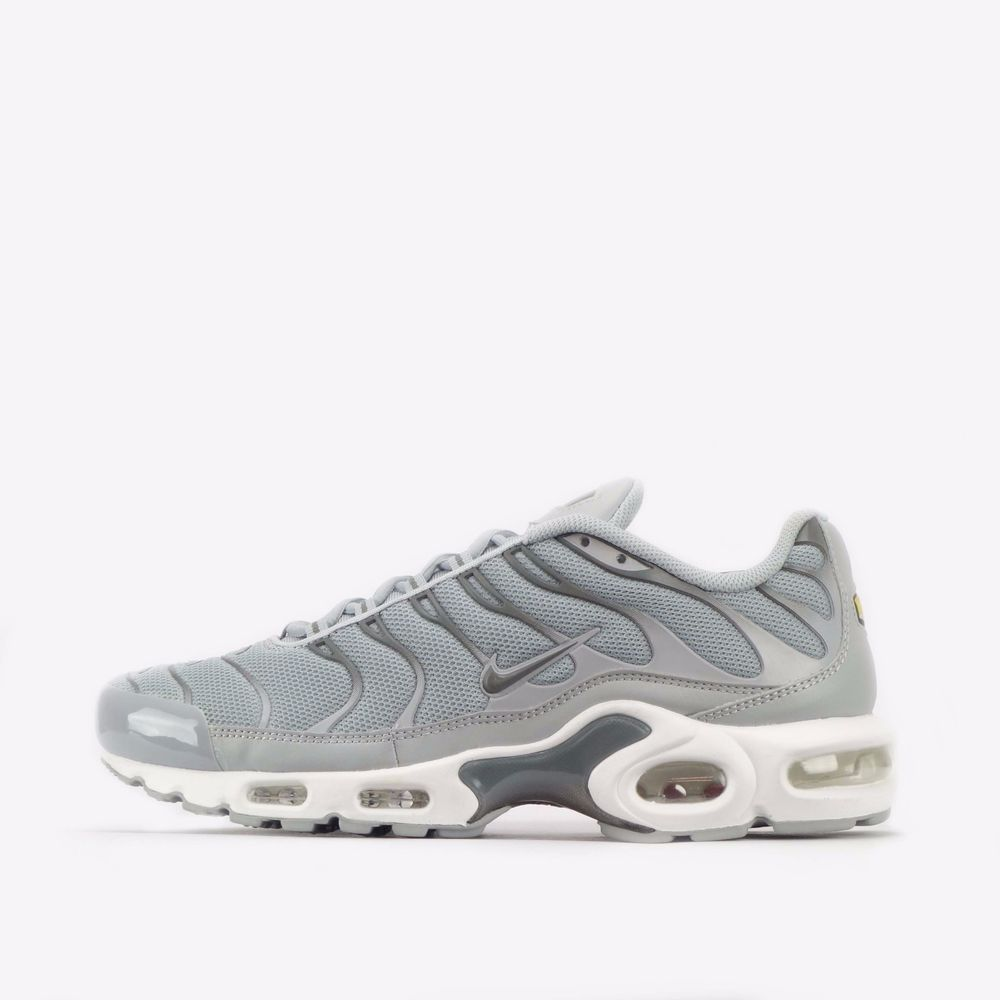 Nike Air Max Plus Premium Tn Tuned Men S Shoes In Wolf Grey Pewter Nike Casualtrainers Nike Air Max Plus Nike Tn Nike Air