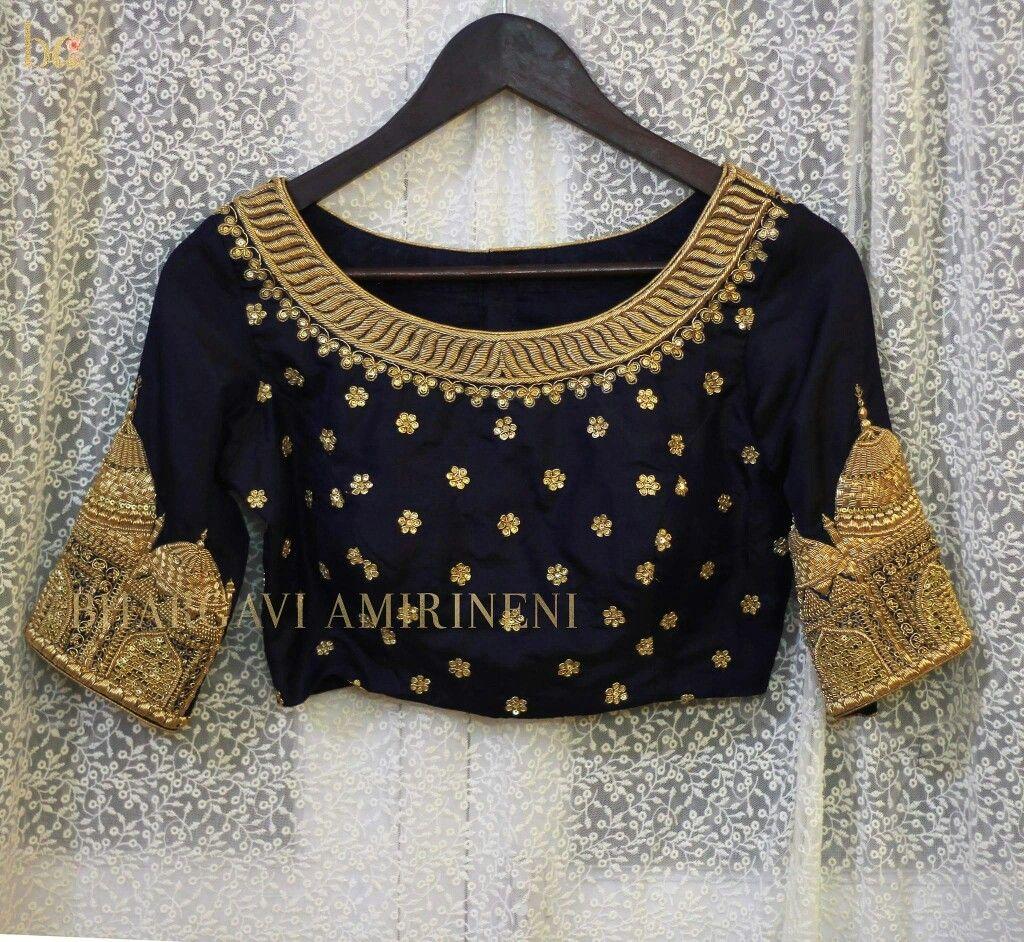 d17a4f9f412a4 Taj Mahal embroidered saree blouse designs