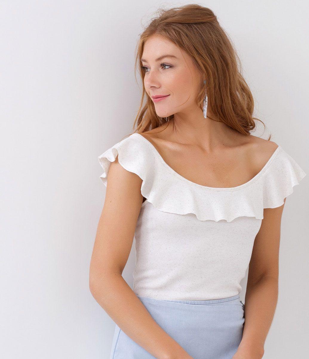 e24326f536 Blusa feminina Modelo ombro a ombro Com babado Manga curta Marca  Blue  Steel Tecido