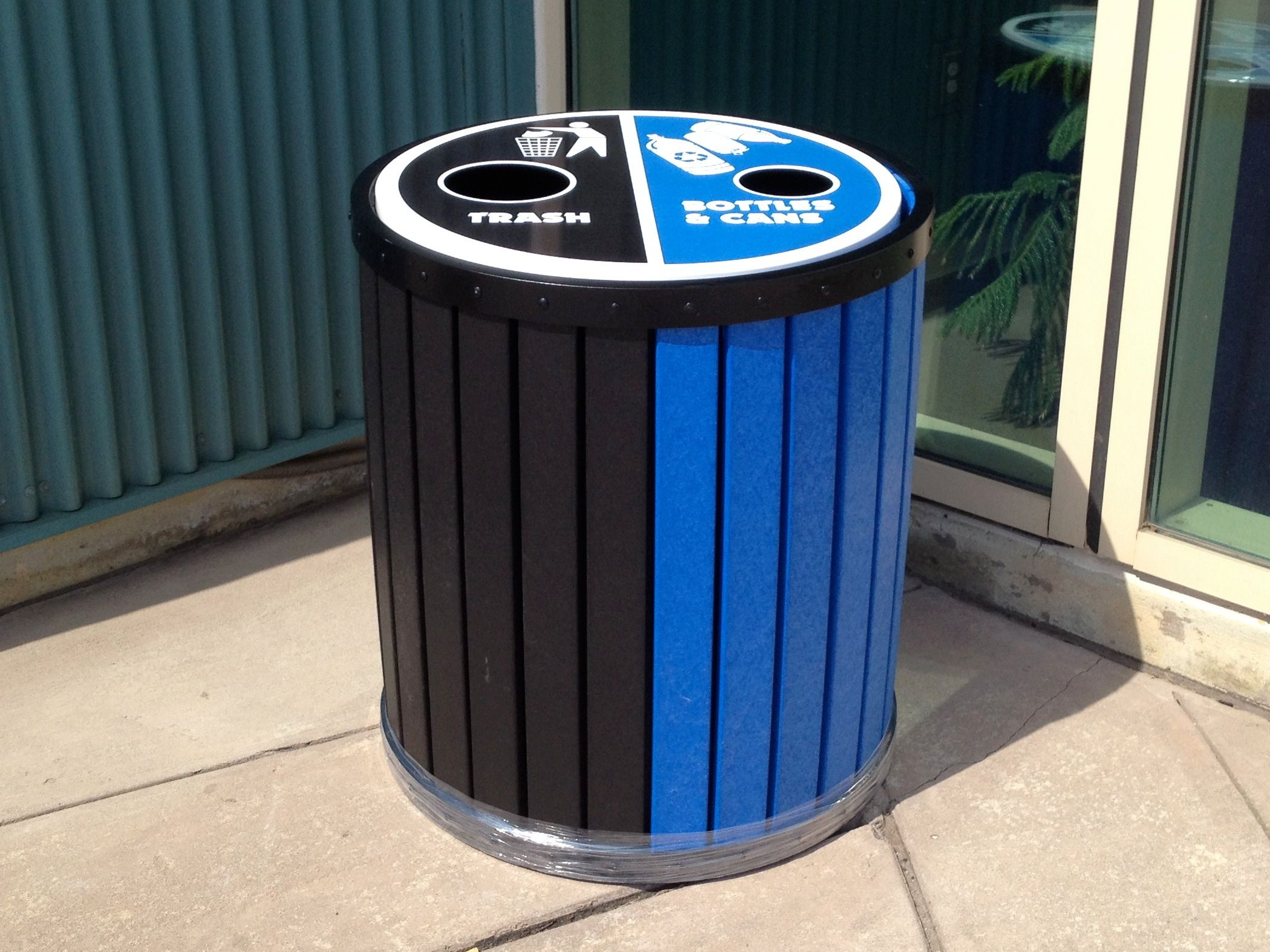 13+ Double sided trash can ideas