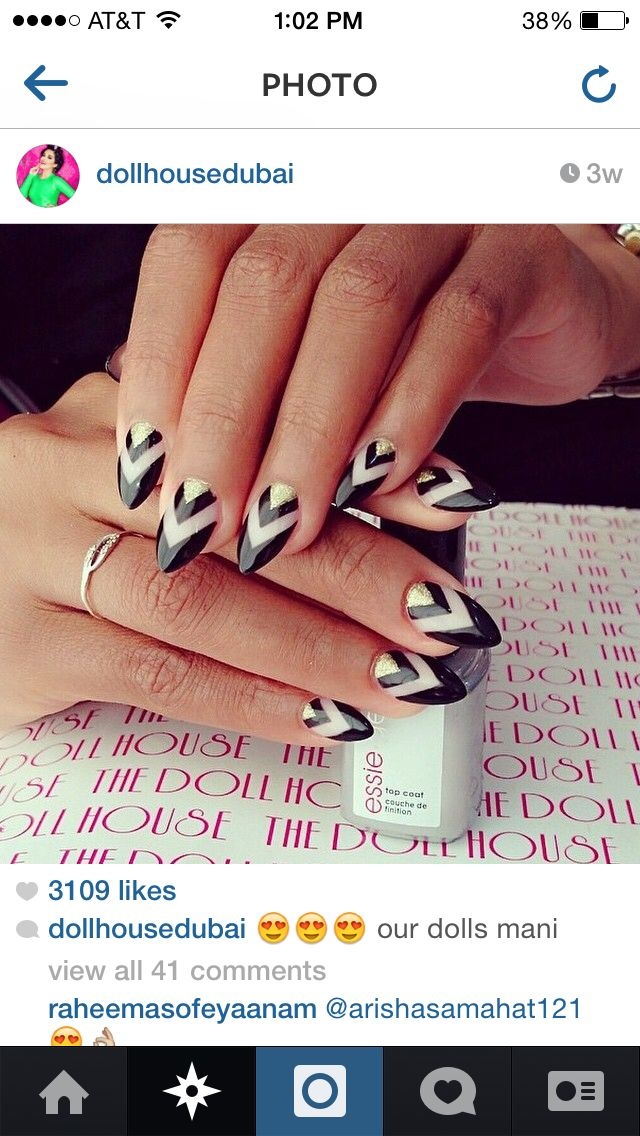 In love with every thing about these nails