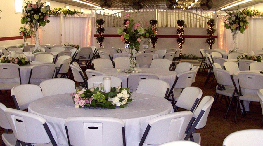 Simple wedding receptions decorations ideas wedding ideas for Pictures of wedding venues decorated