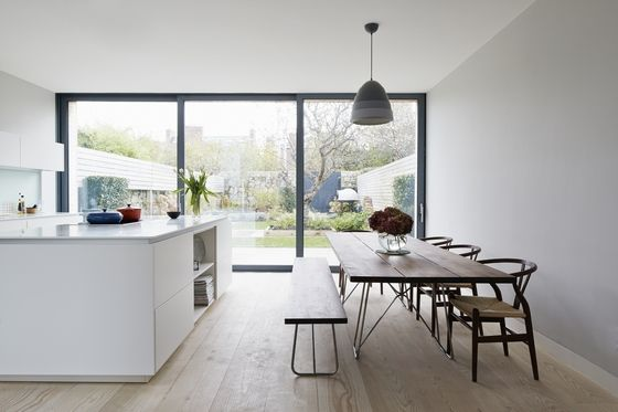 The Impressive Kitchen Dining Table Was Custom Made By Furniture Designer  Simon Ou0027Driscoll