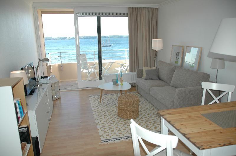 Eine ferienwohnung in gl cksburg mit umwerfendem ausblick for Hochwertige einrichtung