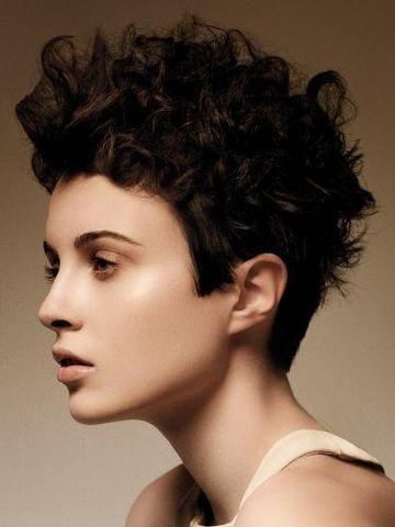 Haare kurz schneiden trotz locken