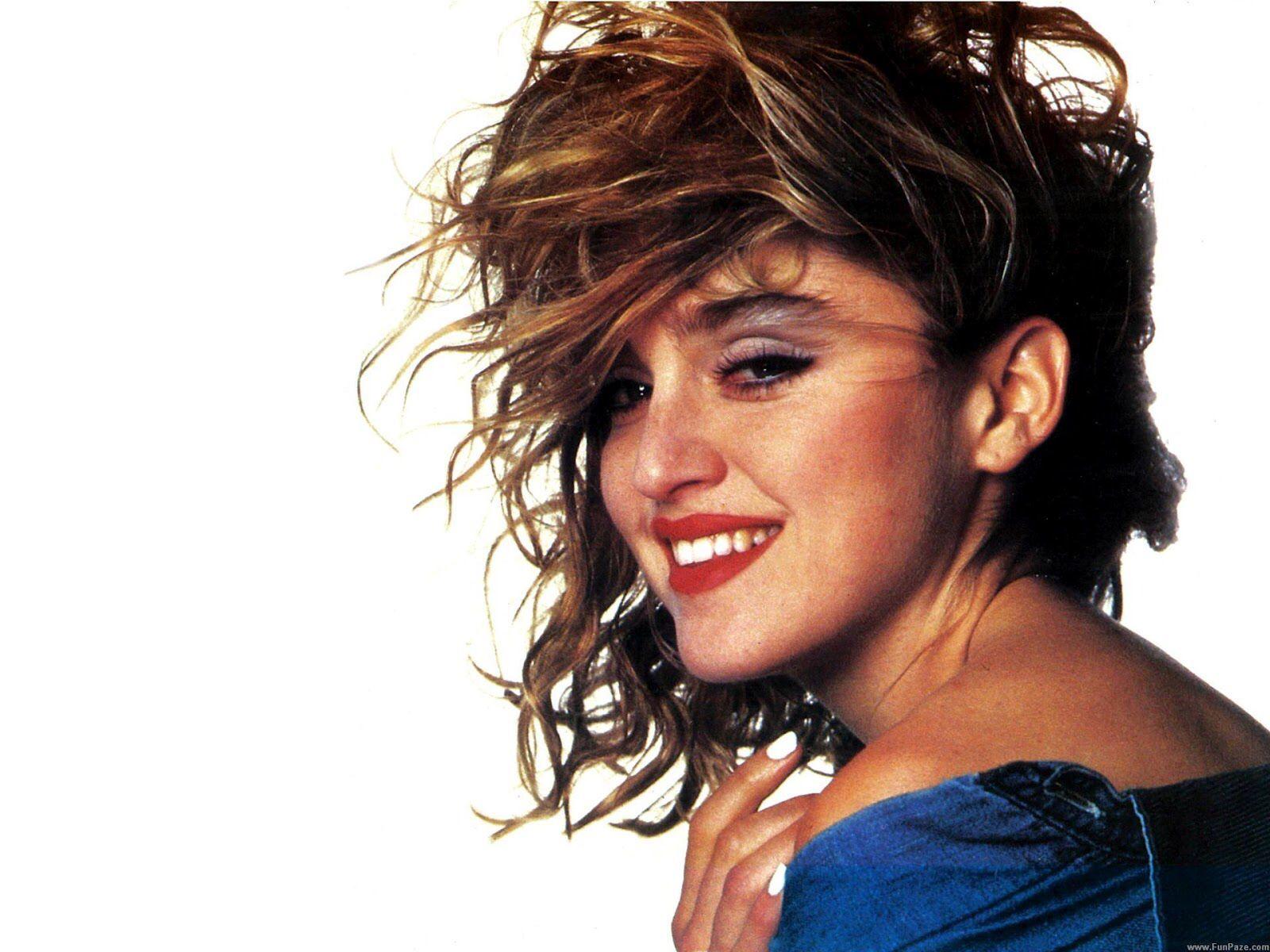 Image Issue Du Site Web Http 1 Bp Blogspot Com Umnkwm4a7vo T7peevh4zyi Aaaaaaaaf6i Fgbi82ev2g8 S1600 Madonna Hd W Madonna Images Madonna Young Madonna Sorry