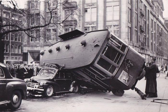 Jo van Bilsen - Accidente en Amsterdan. 1957