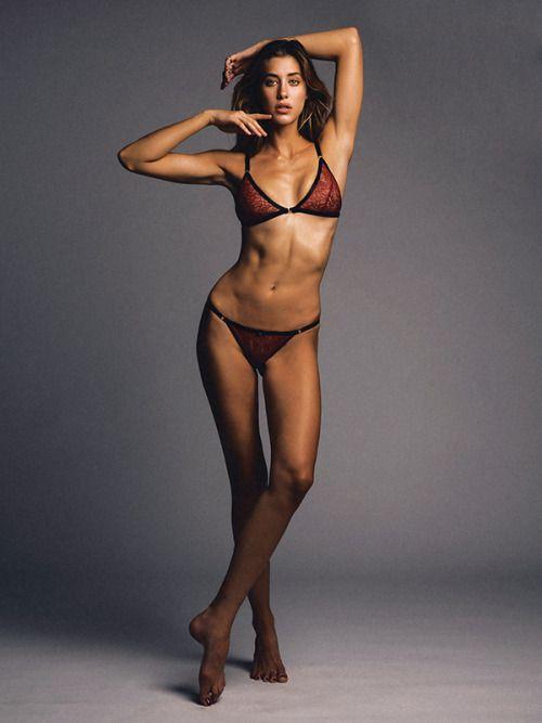 Jessica Serfaty Sexy