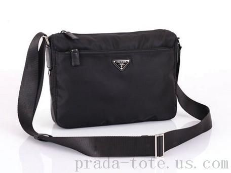 Fashion  Prada BT0421 Bags in Black Outlet store  90f18f295f853