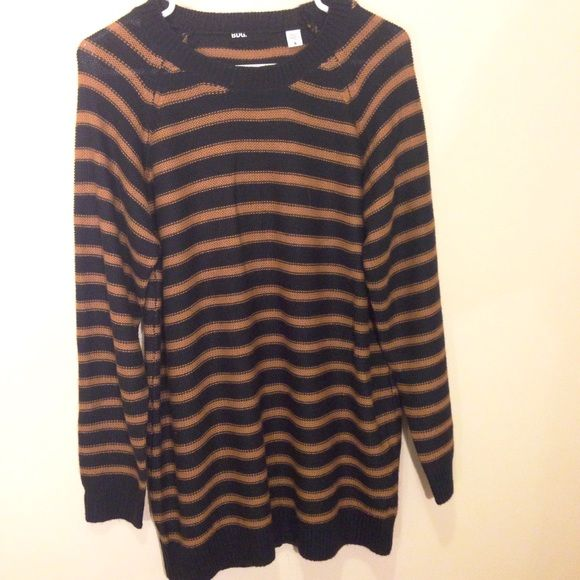 Navy & Gold UO Oversized Striped Knit Sweater | Navy gold, Urban ...