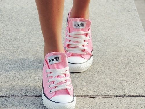 pink, converse, and shoes εικόνα