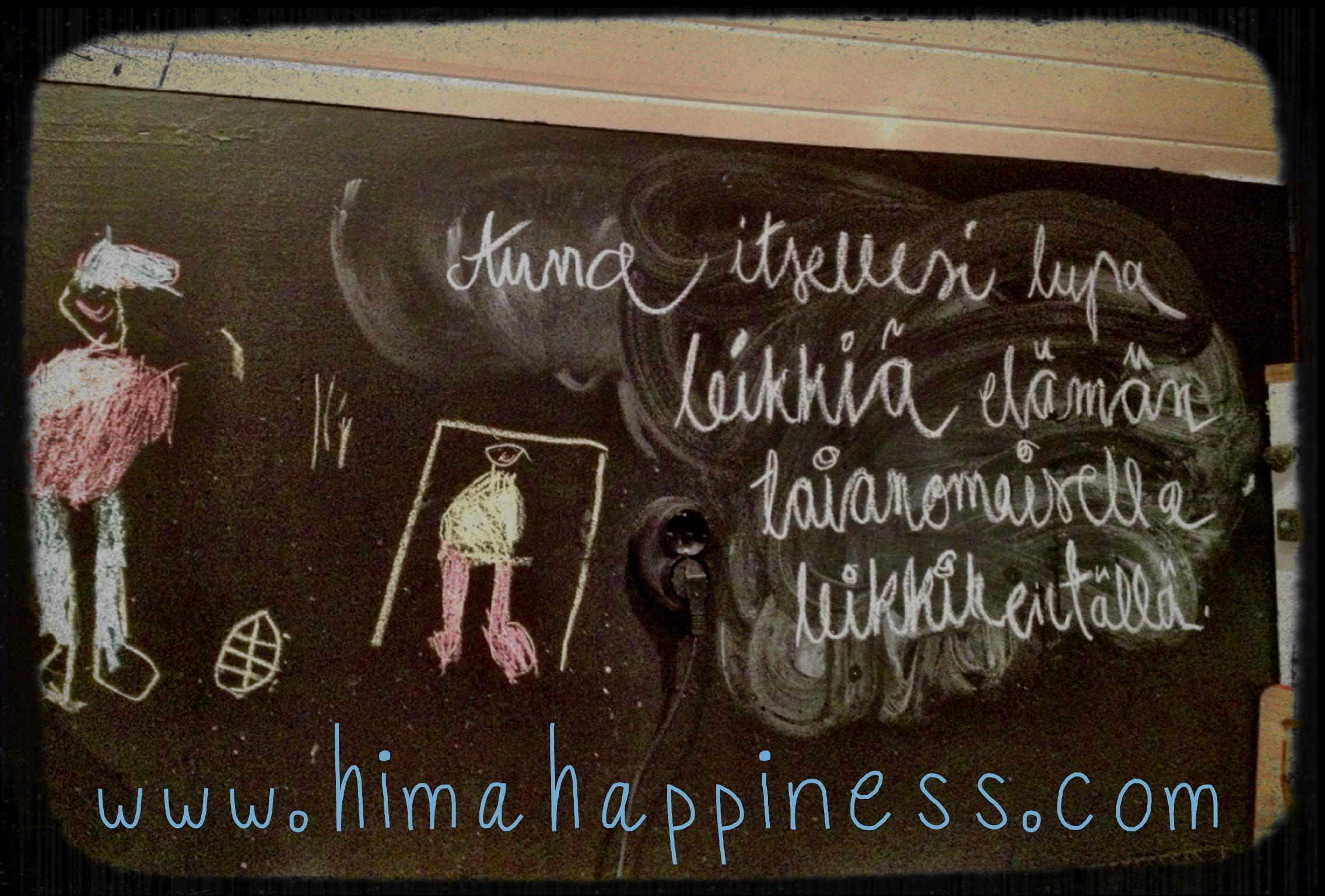 Anna itsellesi lupa leikkiä elämän taianomaisella leikkikentällä. Laura Janger-Laitio  www.himahappiness.com