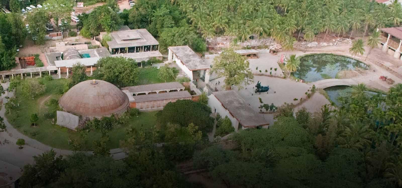 Isha Yoga Center Coimbatore Ishayogacentercoimbatore Http Yogacentersindia Com