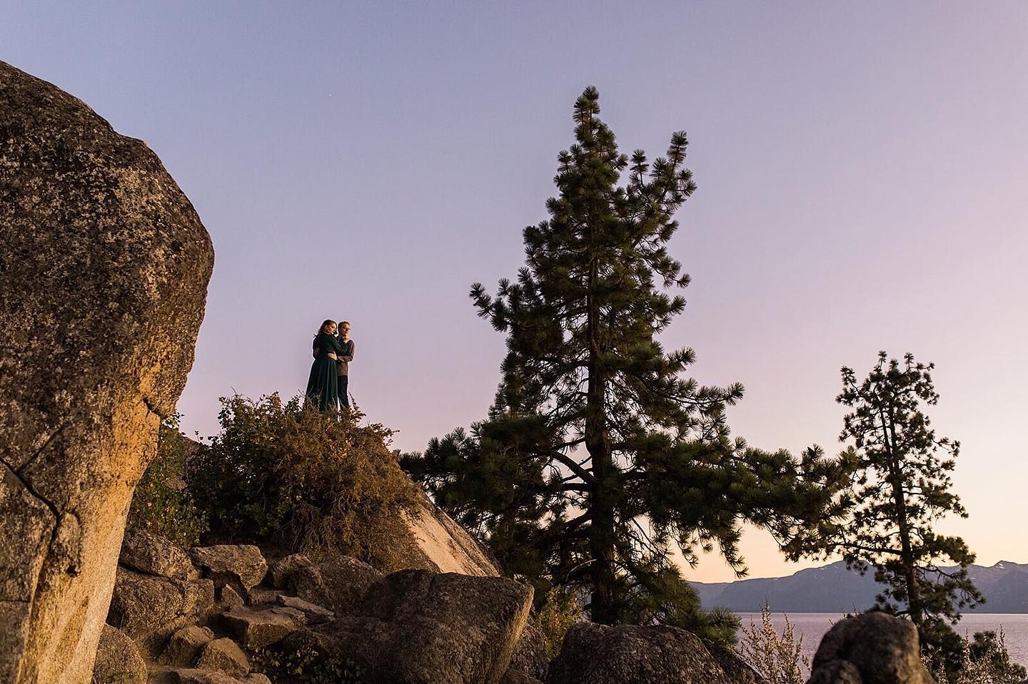 These two. This location. Could you ask for more?! 🏔 💚 📷  #laketahoe #laketahoeengagementphotos #engagedtahoe #lakeengagement #snowyengagementphotos #adventurephotographer #mountainphotography #travelweddingphotography #mountainelopement  #yosemitenationalpark #placestoelope#naturewedding #heyheyhellomay #theknot #thatsdarling #utahweddingphotographer #yosemiteweddingphotographer #coloradoweddingphotographer #oregonweddingphotographer #hawaiiweddingphotographer #joshuatreeweddingphotographer