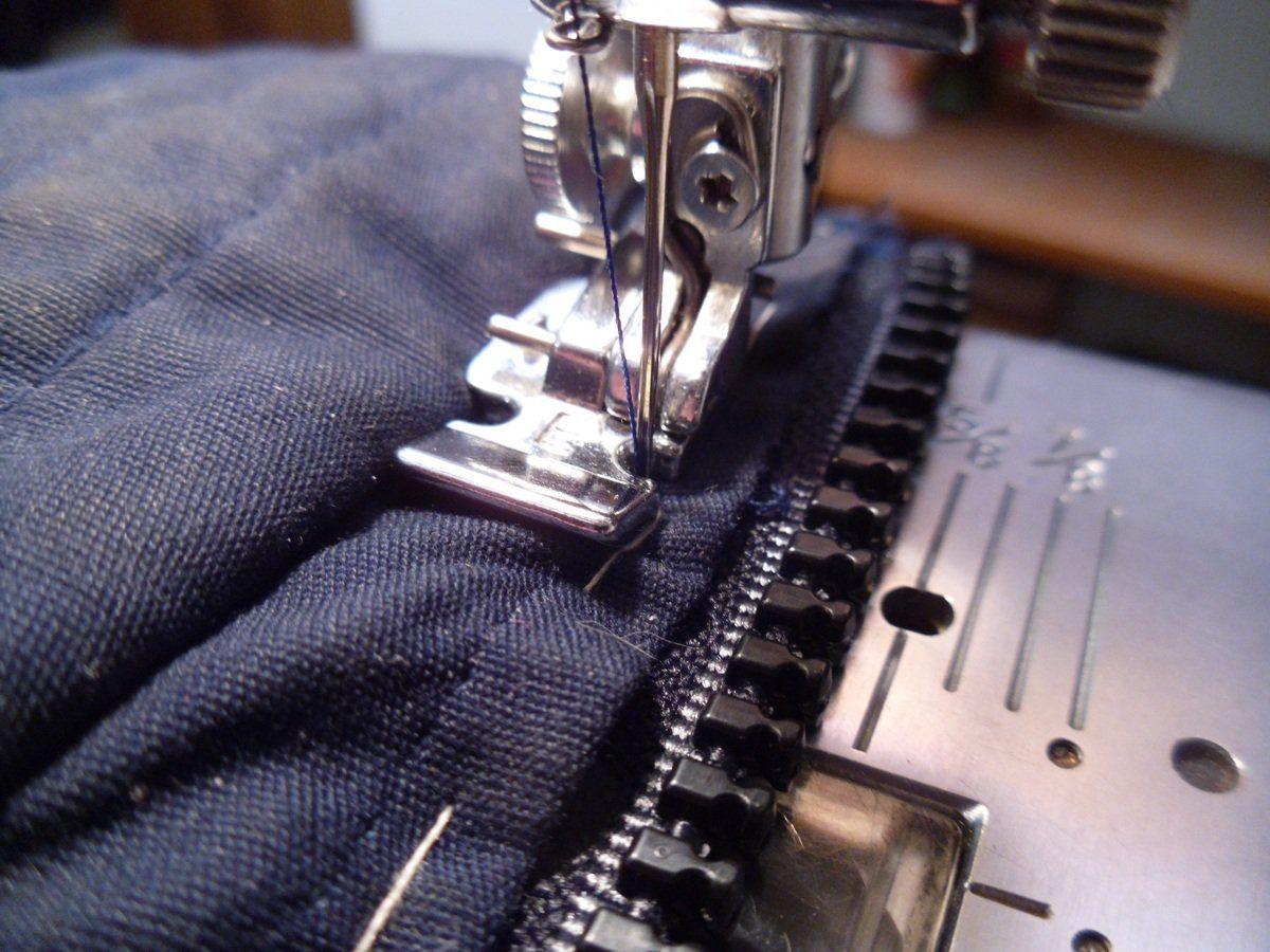 Zipper Repair For A Coat Or Jacket Zipper Repair Fix Broken Zipper Sew Zipper