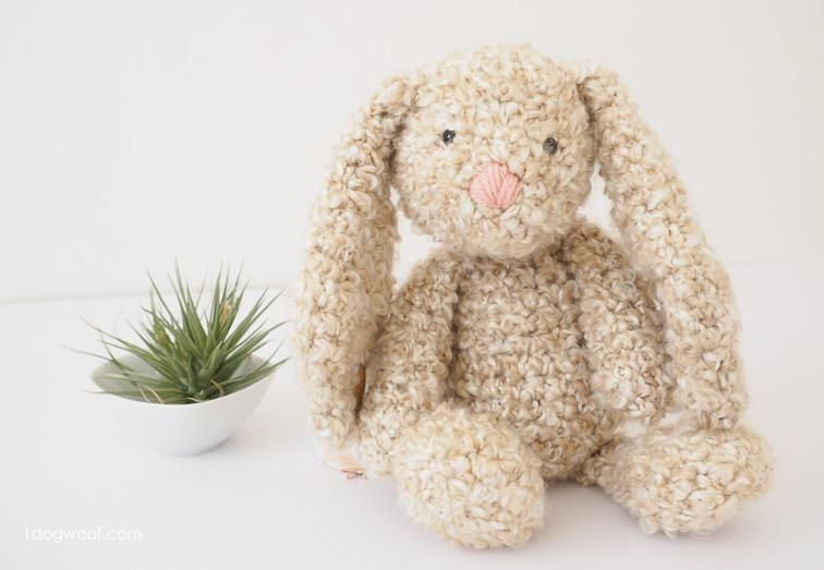 CROCHET PATTERN: Classic Stuffed Bunny | Poupées | Pinterest ...