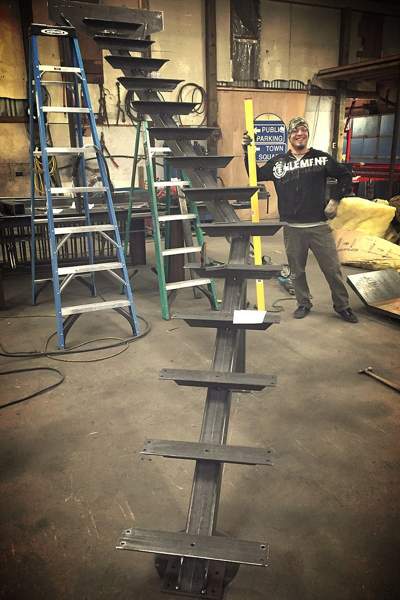 Single Spine Stringer Stairs Stringer Steel Stairs Home Stairs