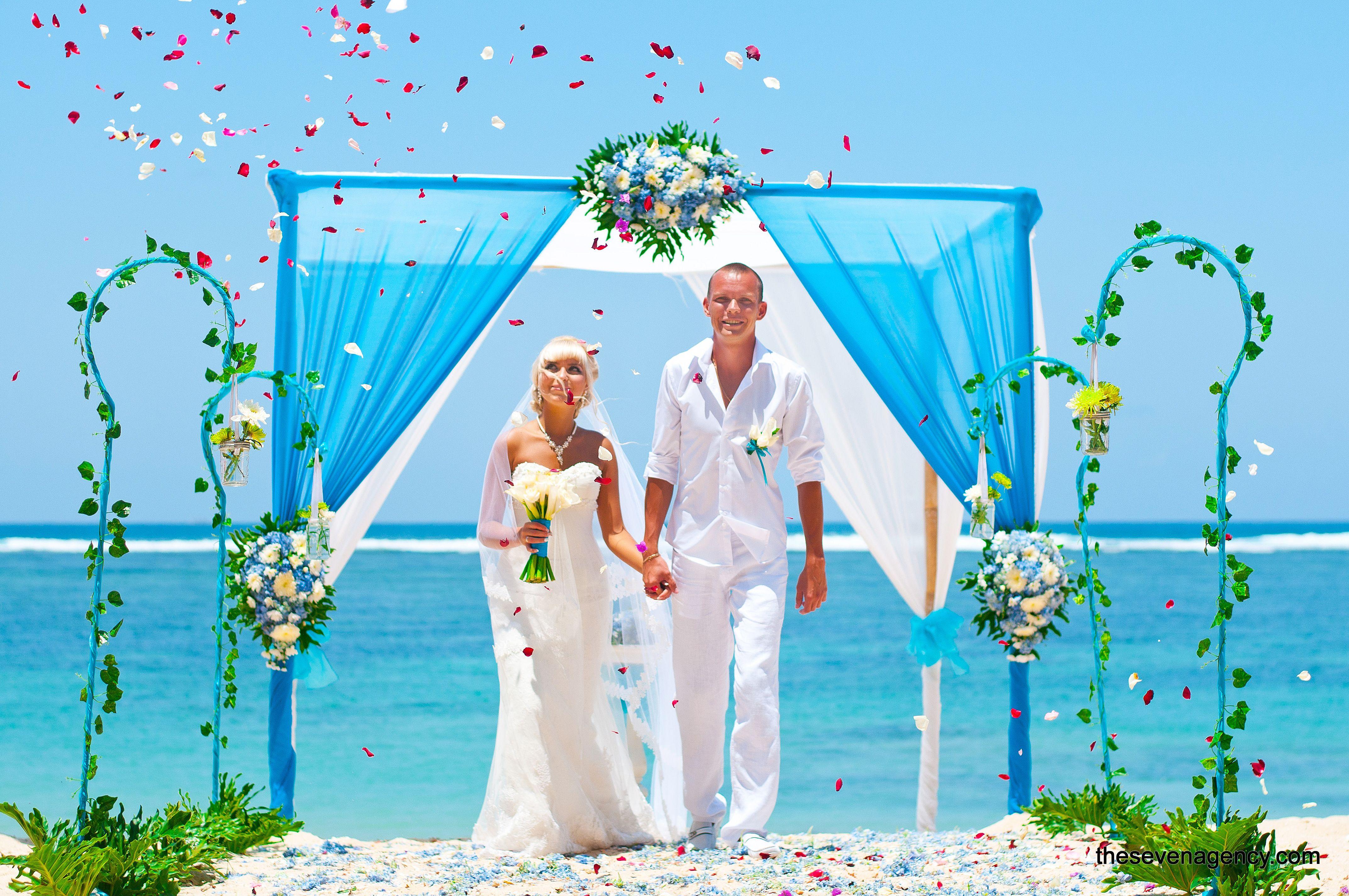 Bali beach luxe wedding Bali wedding, Wedding, Bali beaches