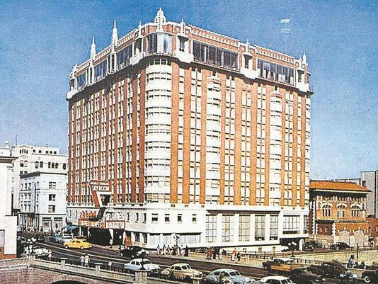 1940s Mapes Hotel Old Cars Taxi Early Color View Reno NV