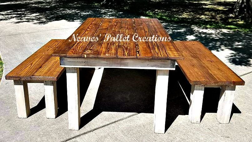 RECYCLED WOOD PALLETS: Dining Room Table With Two Matching Benches.  Shipping Crates And Pallets