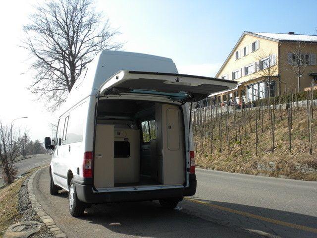 Wohnmobil Einstieg hinten- feriencamper.ch