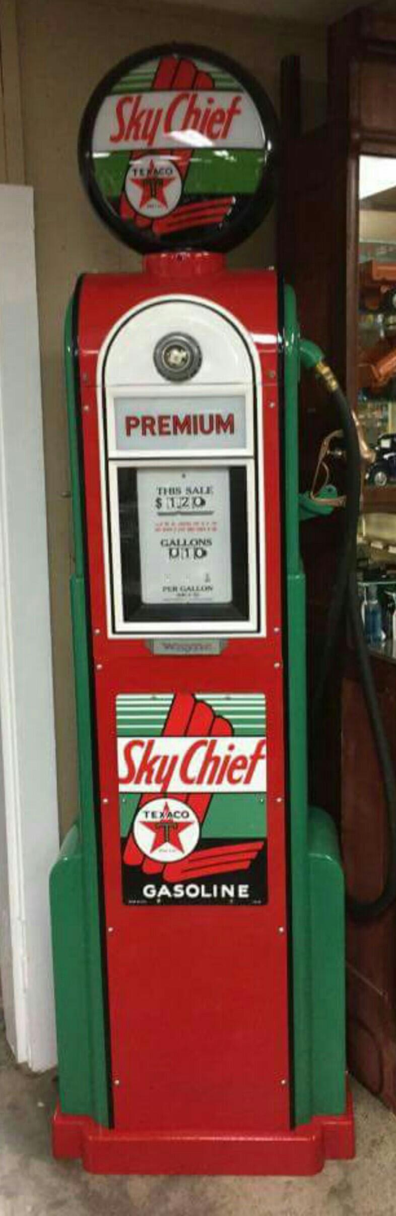 wayne model 60 texaco sky chief gas pump vintage gas