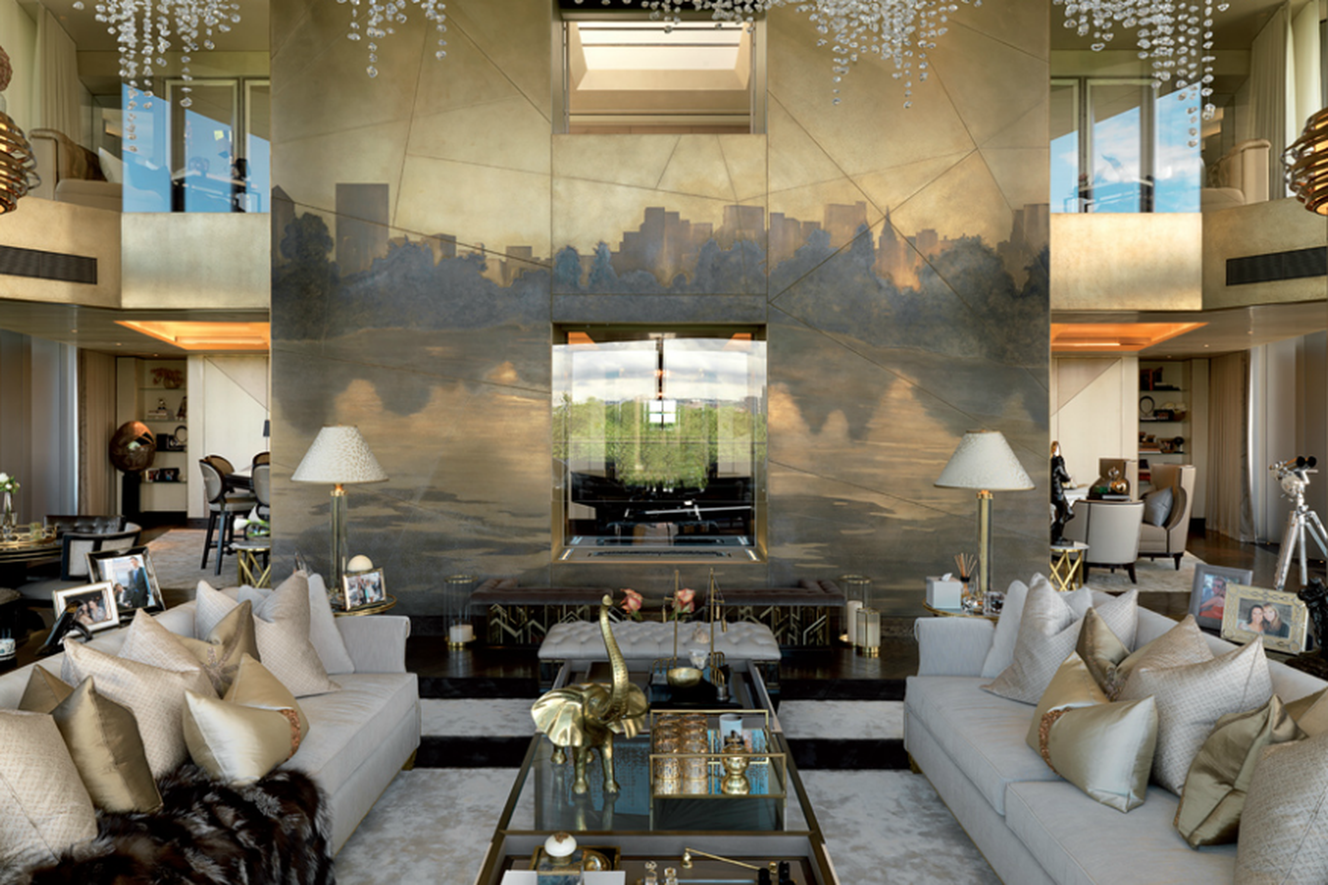 25 Irrationally Lavish Things In London S Plushest Penthouse With
