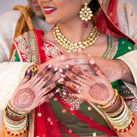 Bangles Kundan Mendhi All The Things We Love High Style Gujarati Wedding