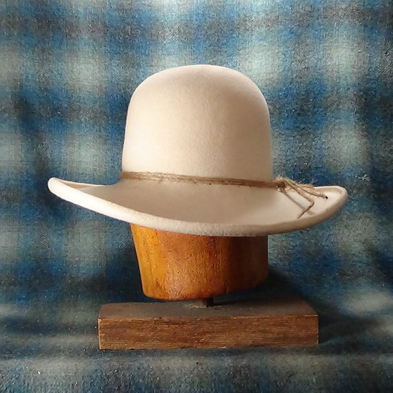 Classic Old West Ranchero Custom Fit Beaver Felt Cowboy Etsy Cowboy Hats Custom Cowboy Hats Cowboy Hat Styles