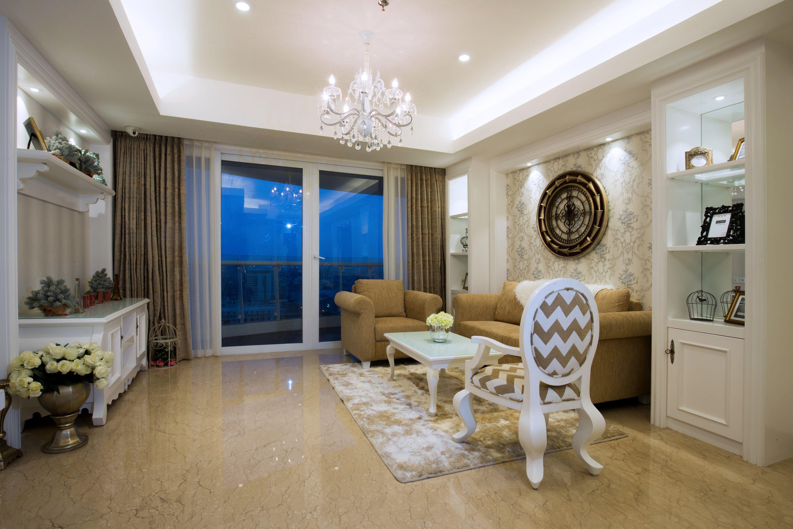 Ide desain ruang tamu bergaya klasik | Portofolio By : DX ...
