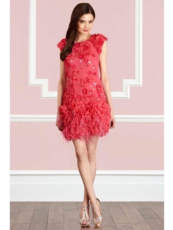 Exklusive kleider in rot