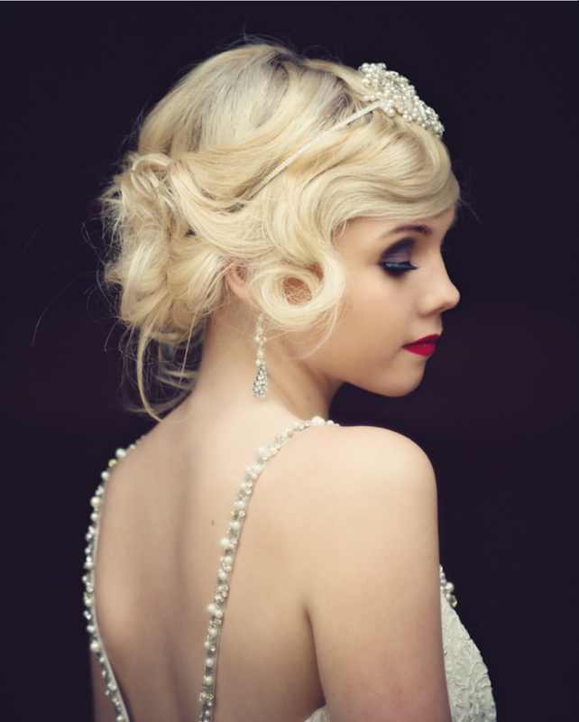 Holly Is A Professionally Trained Wedding Hair And Make Up Artist Based In Oxford Oxfordshire